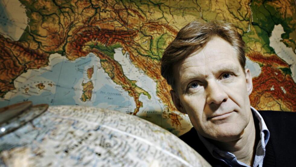REFSER NORGE: Direktør Jan Egeland i Human Rights Watch er meget kritisk til at Norge har åpnet for å selge våpen til Emiratene og nabolandet Qatar.  Foto: Frank Karlsen / Dagbladet