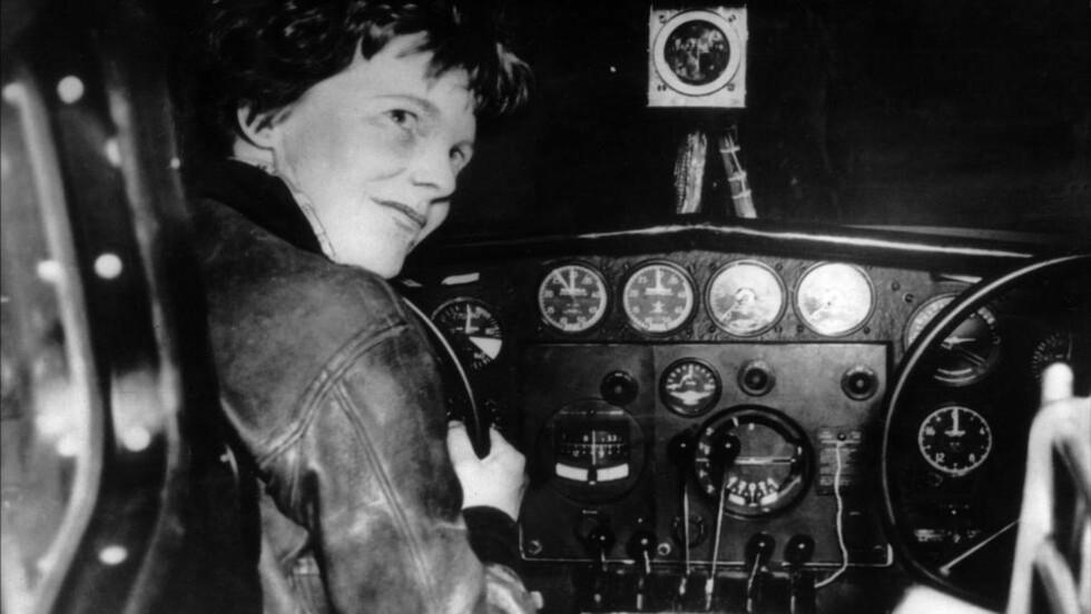 FORSVANT: Amelia Earhart forsvant under en flyvning rundt jorda, bare 39 år gammel. Foto: AFP PHOTO / FILES/NTBSCANPIX