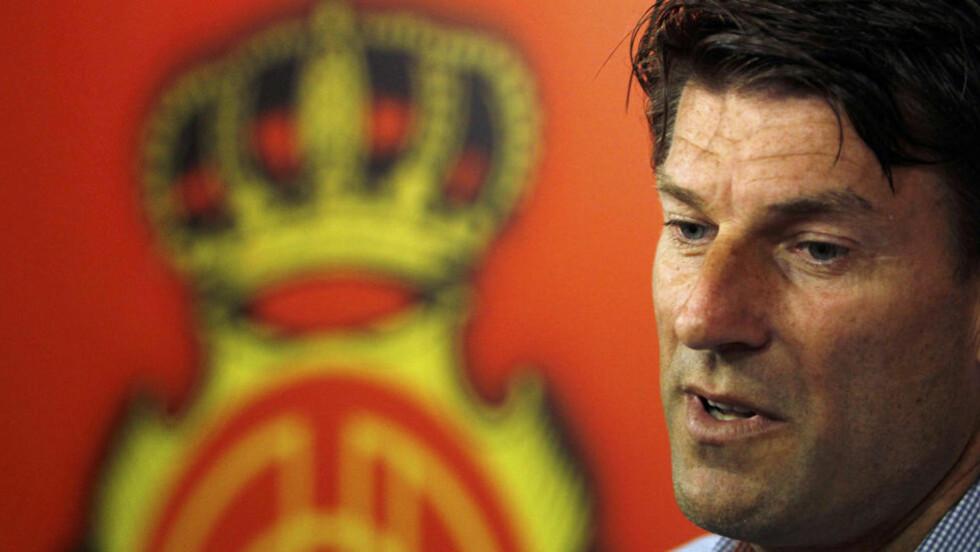 ENGLAND-AKTUELL: Michael Laudrup var ferdig som Mallorca-trener i september. Nå kan han bli Swanseas nye sjef. Foto: SCANPIX/REUTERS/Enrique Calvo