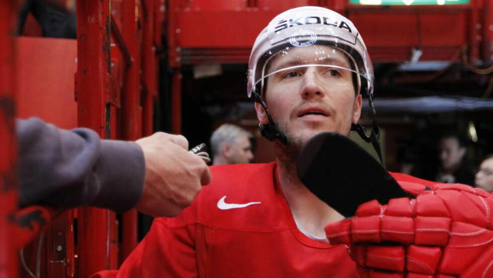 TRIVES I SVERIGE: Ole-Kristian Tollefsen valgte Färjestad foran tilbud fra NHL. Foto: Håkon Mosvold Larsen / NTB scanpix