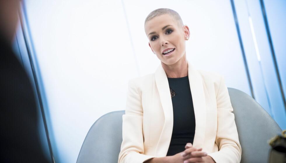 HOLDT TALE: Gunhild Stordalen snakket til det eksklusive selskapet på restauranten Riverpark i New York. Foto: Øistein Norum Monsen / Dagbladet