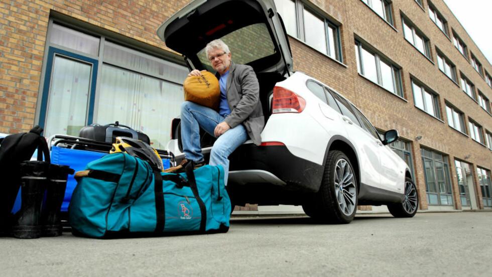 Pakkekurs:  Å pakke med halvparten av det du hadde med i fjor er det viktigste rådet Jan Ivar Engebretsen i NAF kan gi, men ikke det eneste. Foto: EGIL NORDLIEN/HM FOTO