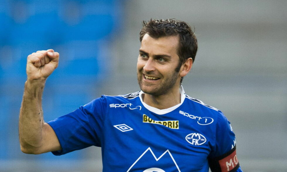VIDERE I CUPEN:  Moldes Magne Hoseth fryktet det verste da HamKam scoret to mål i sluttminuttene mot Molde. Molde vant kampen 3-2. Foto: Svein Ove Ekornesvåg / NTB scanpix