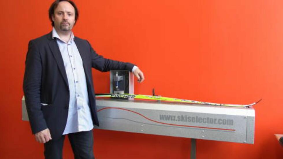 SKIMASKIN: Peter Stenlund er mannen bak skimaskinen Skiselector. Han hevder norsk langrenn har forsøkt å kopiere hans patenterte oppfinnelse. Foto: Vendolocus Development