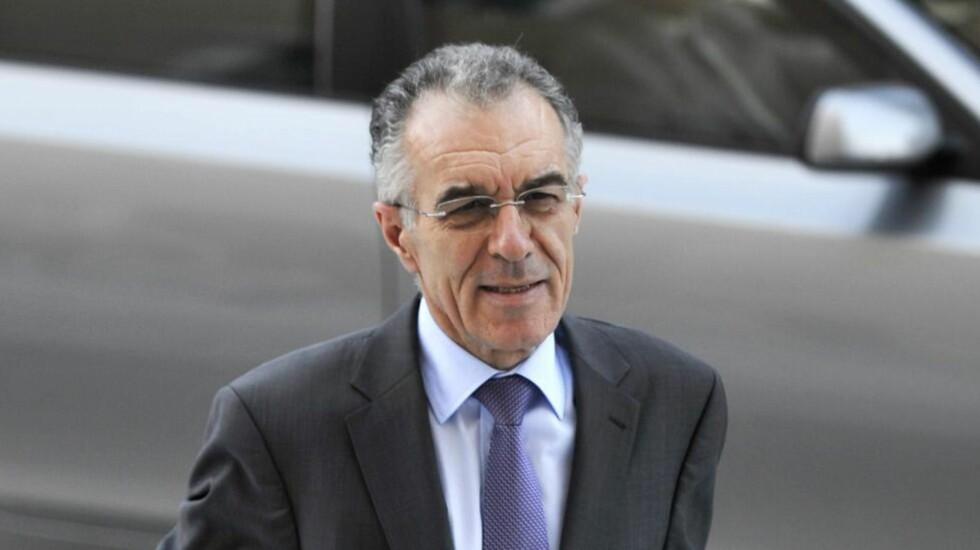 INNLAGT: Hellas' ferske finansminister Vassilis Rapanos ble innlagt i all hast. Foto: AFP / LOUISA GOULIAMAKI / NTBscanpix