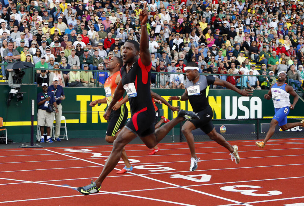 SKREMMESKUDD: Justin Gatlin løp inn til 9,80 og vant det amerikanske OL-uttaket foran Tyson Gay, som klokket inn på 9,86. Foto: REUTERS/Mike Blake/NTB scanpix