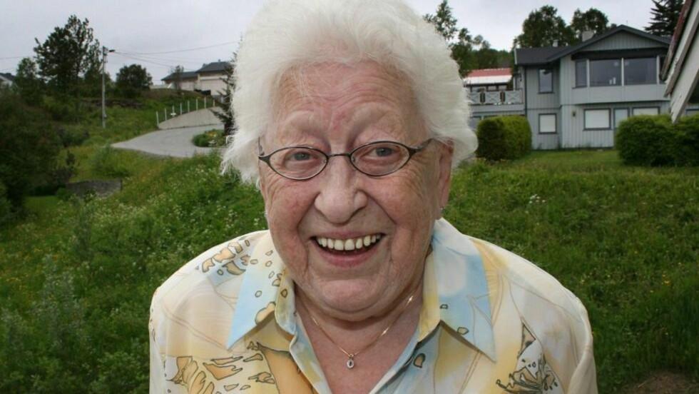 I GOD FORM:  Svanhild Mortensen, som snart er 82 år, ligger godt an til å få oppleve å bli tipptippoldemor. Foto: Torgeir Bråthen/Nordlys