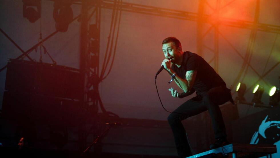 MYE POLITIKK: Tim McIlrath er en bevisst ung mann, men han vet også hvordan lager fest på festival. Foto: Anders Grønneberg/ Dagbladet
