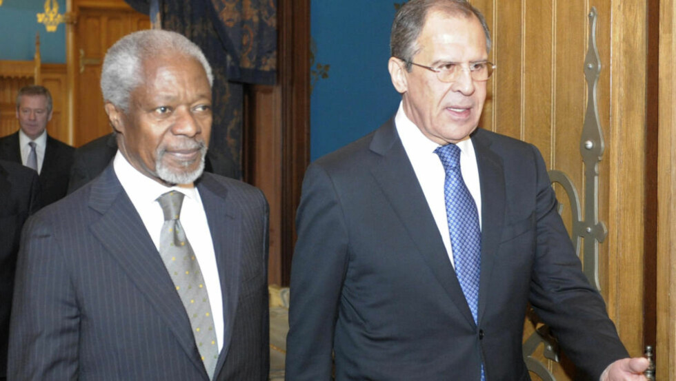 ENIGE? FNs Syria-utsendin Kofi Annan og Russlands utenriksminister Sergei Lavrov skal være enige om en plan for Syria, som også USA og EU støtter. REUTERS/Sergei Ponomarev/Pool