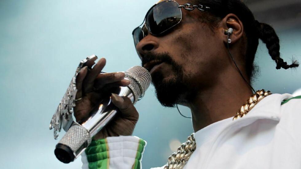 TATT: Snoop Dogg fikk problemer med Tollvesenet da han ankom Kjevik i dag. Han skal spille på Hovefestivalen i kveld. Foto: Tom E. Østhuus, Dagbladet.