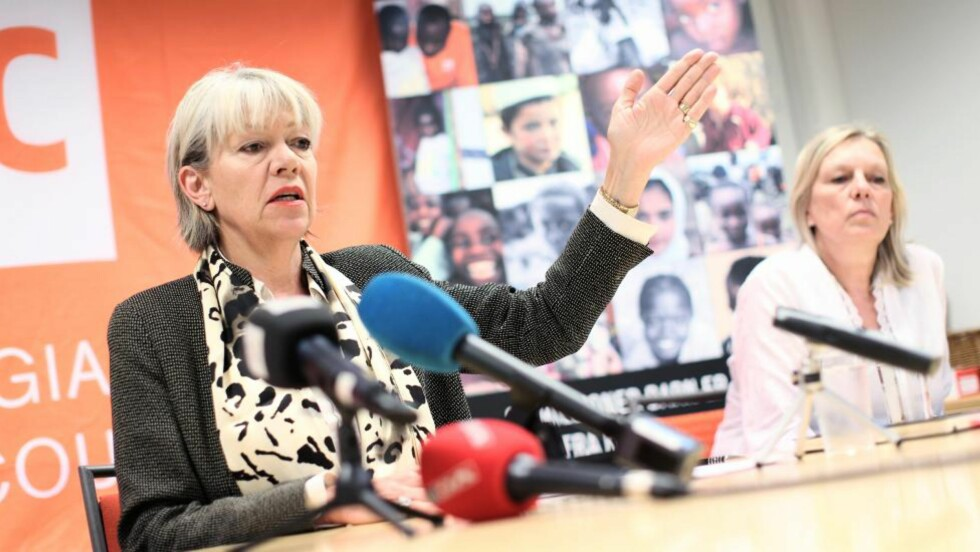 FORTALTE OM DRAMAET:  Generalsekretær i Flyktninghjelpen, Elisabeth Rasmusson, orienterte i dag om kidnappingen av Flyktninghjelpansatte i Kenya fredag. Foto: Sondre Steen Holvik / Dagbladet