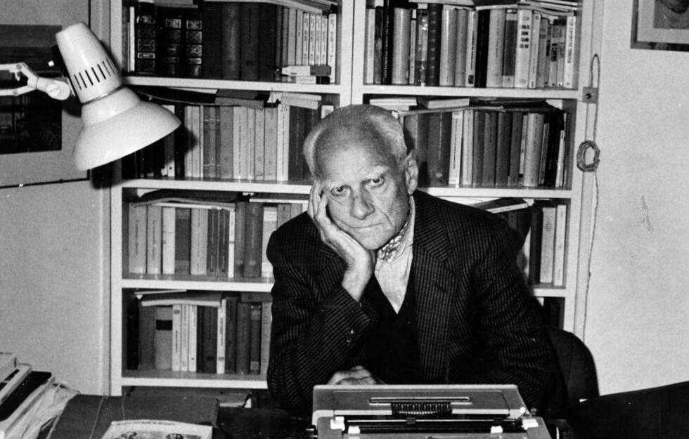 Alberto Moravia var en toneangivende intellektuell i Italia i mer enn 60 år. Nå er hans debutroman «De likeglade» kommet på norsk. Foto: Arne Hestenes