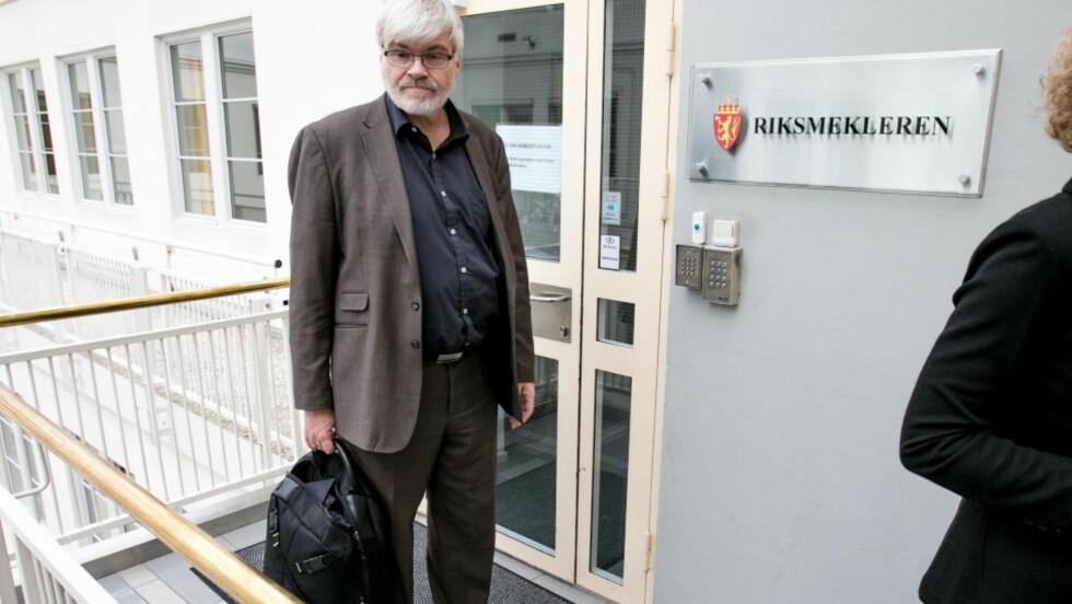 Steike i eget fett:  Forbundsleder Leif Sande håper myndighetene har is i magen og lar arbeidsgiverne i sokkelstreiken steke i sitt eget fett. Foto: Audun Braastad / NTB scanpix