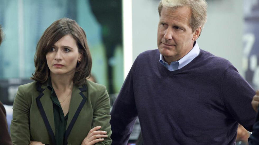 DUO I TRØBBEL: The Newsroom følger utfordringene til TV-produsent MacKenzie MacHale og nyhetsanker Will McAvoy. Foto: Canal Plus.