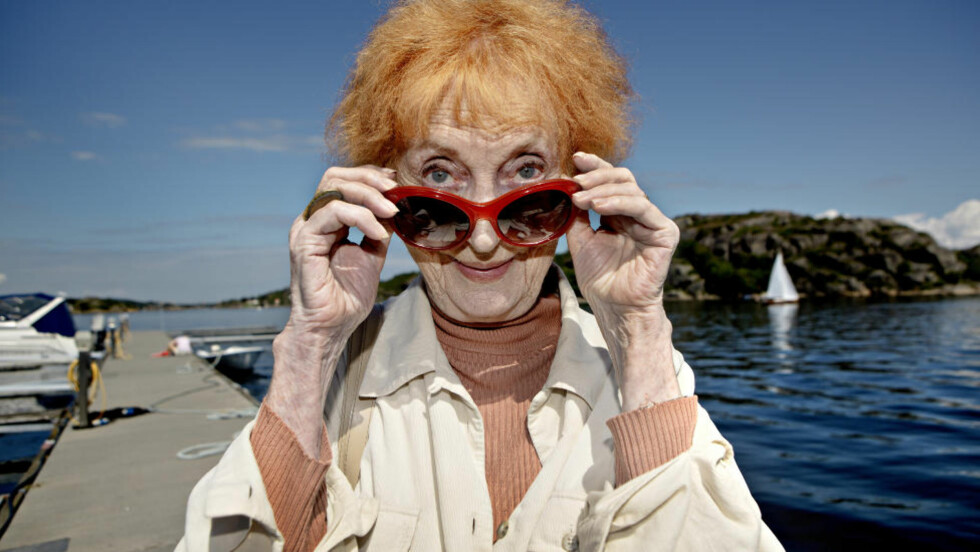 EN KVINNE MED ET STORT HJERTE: Mandag fyller Elsa Lystad 82 år. I «Mitt liv som Elsa» ser hun fram og tilbake. Foto: Lars Eivind Bones