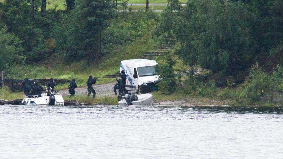 FOR SEINE? Spørsmålet om politiet kunne ha kommet raskere til Utøya for å pågripe Anders Behring Breivik blir et sentralt tema i 22. juli-kommisjonens rapport. Foto: Jan Bjerkeli