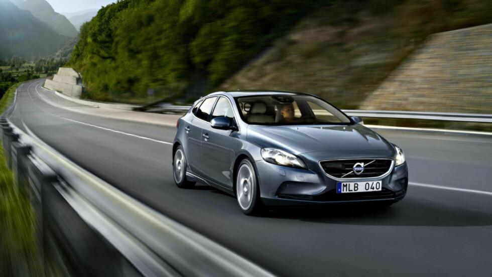 TIL NORGE: Nye V40 kommer til Norge i slutten av august. Pris fra 250 000 kroner med 115-hesters diesel.