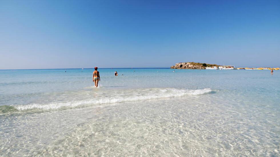 KYPROS: Det er European Environment Agency (EEA) som i samarbeid med European Commission DG Environment, som har kåret vannkvaliteten ved Kypros' badestrender som den beste av alle EUs 27 medlemsland. Her fra Agia Napa. Foto: OVE NILSSON