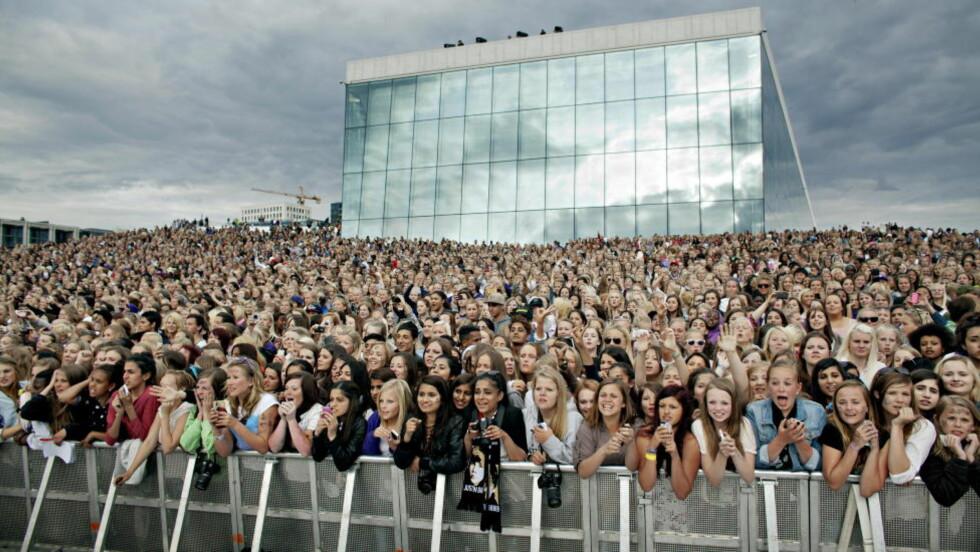 IVRIGE «BELIEBERE»: Da Justin Bieber gjestet Norge forrige gang, inntok over 5000 jenter operataket i Oslo. Nå er det mange fans der ute som er villige til å betale dyrt for å få med seg konsertene i april.  Foto: Torbjørn Grønning / Dagbladet