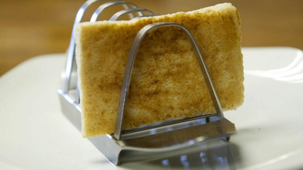 TOAST: Toasten er over 20 år gammel. Foto: REUTERS/Hanson's Auctioneers/Scanpix