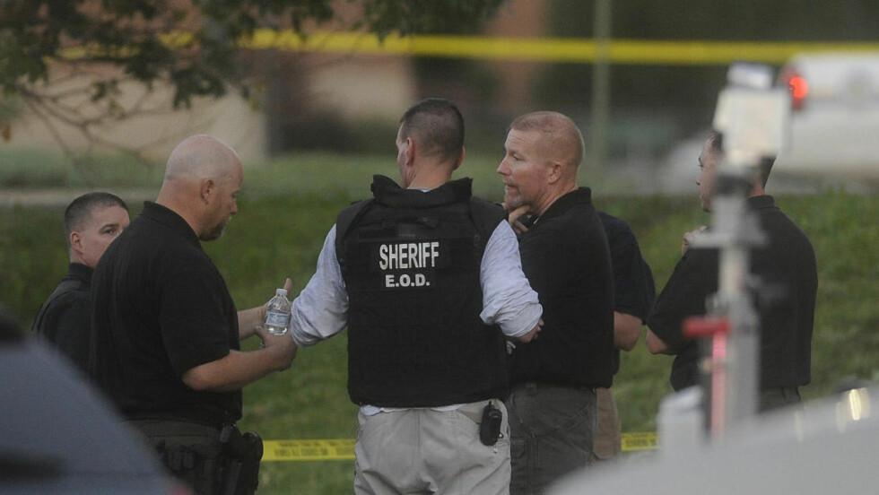 MINST 12 DREPT: Minst 12 er drept og 50 skadd etter skyteepisoden i Aurora i Colorado. Foto: REUTERS/Evan Semon