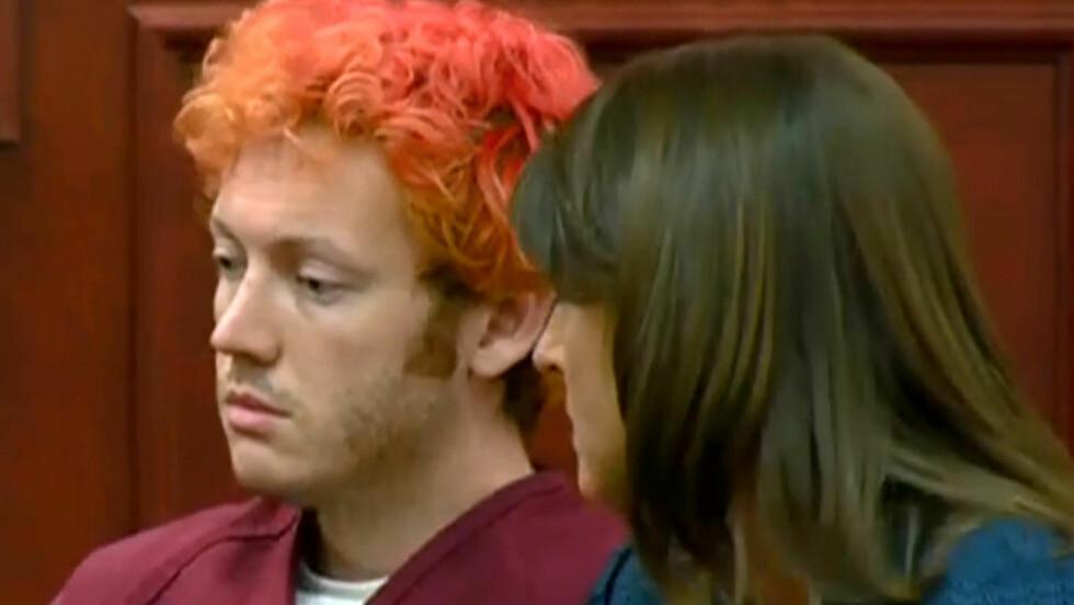 ORANSJT HÅR: Holmes hår var farget oransje, slik vitner beskrev mannen som stormet inn i en kino og skjøt vilt rundt seg natt til fredag. Foto: AP/KUSA.COM/SCANPIX