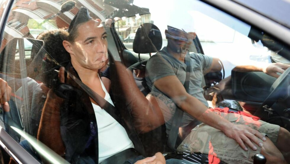 SUSPENDERT: Hovedgrunnen til Samir Nasris suspensjon er at han ropte «hold kjeft» inn i et TV-kamera før han senere kom med flere ufine bemerkninger til en journalist fra nyhetsbyrået AFP. Foto: SCANPIX/AFP/MEHDI FEDOUACH