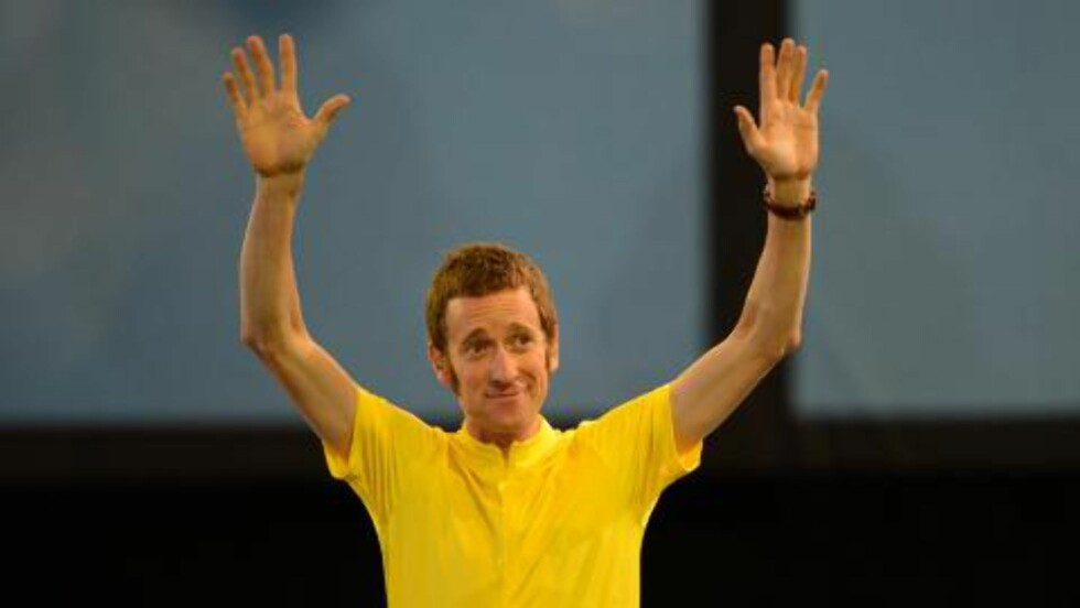 STARTET SHOWET: Tour de France-vinner Bradley Wiggins. Foto: CHRISTOPHE SIMON / AFP / NTB SCANPIX