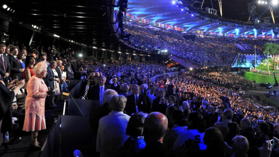 HYLLES: Åpningsseremonien for London-OL hylles i aviser over hele verden, og særlig i Storbritannia. Foto: SCANPIX/REUTERS/John Stillwell