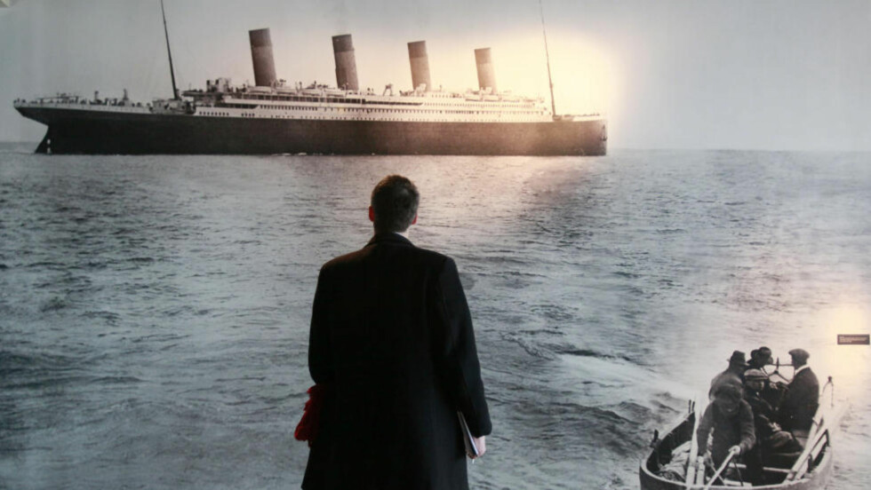 TITANIC:  Under Titanic-forliset fikk kvinner og barn gå først i livbåtene, men en gjennomgang av 18 forlis viser at dette ikke er det vanlige. Foto: AFP PHOTO / PETER MUHLY/Scanpix