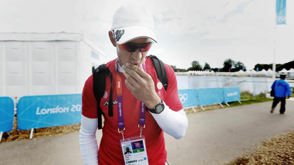 TIL SEMIFINALE: Tittelforsvarer Olaf Tufte ble tredjemann i sitt kvartfinaleheat og gikk til OL-semifinale i roing med 0,59 sekunds margin tirsdag. Foto: Bjørn Langsem / Dagbladet.