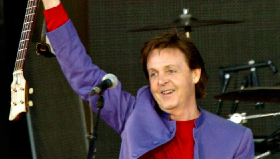 SYMBOLSK SUM: Under konserten på Valle Hovin fikk nok Paul McCartney et betraktelig høyere honorar enn i London på fredag.  Foto EIK/ROBERT S. Dagbladet