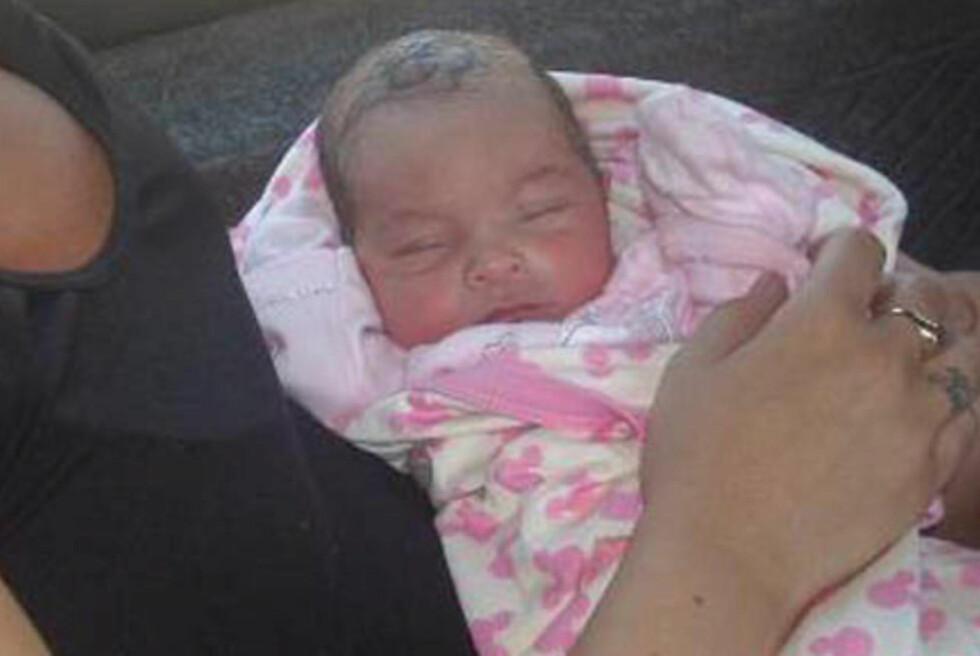 HELTINNE: Danske Maria Sacha (25) ammet babyen som lå forlatt i veikanten og reddet trolig livet til jentebarnet. Foto: Privat.
