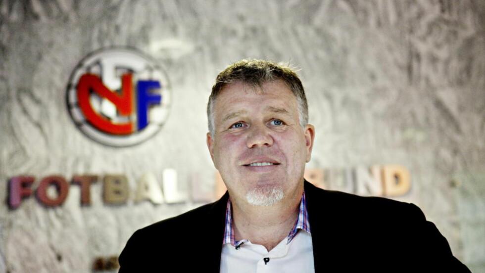 OVERVÅKER KAMPER: NFF oppretter et eget senter som skal overvåke norske fotballkamper. Her ved generalsekretær Kjetil Siem   Foto: Nina Hansen / Dagbladet