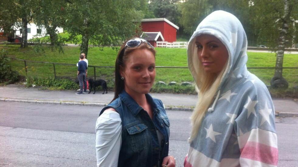 REDDE: Søstrene Christine (25) og Michelle (14) synes det er skummelt at det skjer så nært. Foto: Jonas Rasch / Dagbladet.