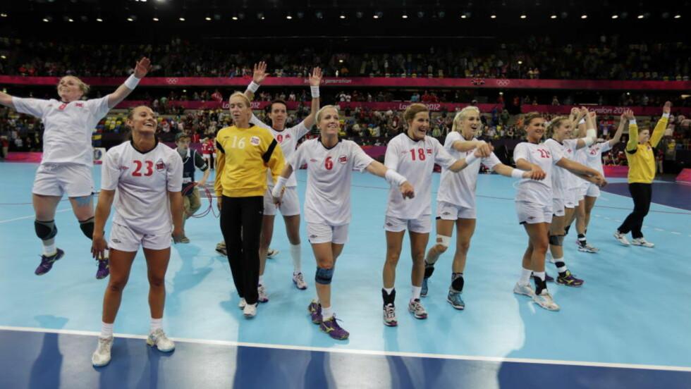 HAR SKUFFET: Det norske håndballandslaget i London har vært langt unna VM-taktene da de vant gullet i nettopp Brasil for drøyt sju måneder siden. Foto: Lise Åserud / NTB scanpix