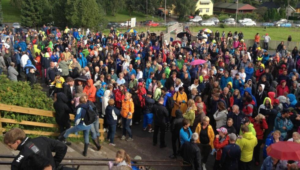 STORT OPPMØTE: Også i dag møtte flere hundre opp for å delta i søket etter Sigrid. Foto: Jo Straube / Dagbladet