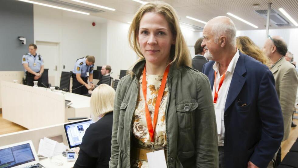 FULGTE RETTSSAKEN: Journalist Åsne Seierstad fulgte den ti uker lange rettssaken mot Anders Behring Breivik tett. Nå har hun valgt å utsette bokprosjektet for å plassere rettssaken i en større sammenheng. Foto: Heiko Junge / NTB scanpix