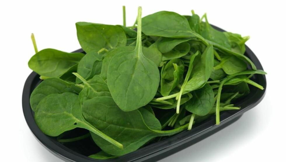 MUSKELBYGGER: Innholdet av nitrat i spinat og enkelte andre grønnsaker bidrar til å styrke muskulaturen. Foto: Colourbox