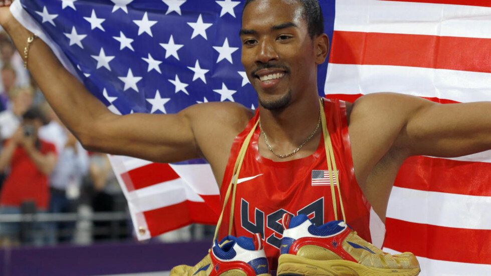 17,81 Verdensmester Christian Taylor klinte til med årsbeste og 17,81 meter da han sikret OL-gullet i tresteg torsdag. Foto: REUTERS/Phil Noble