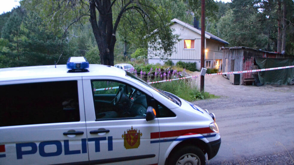 AKSJON:  Politiet i Agder har bedt om bistand fra Kripos etter et mistenkelig dødsfall. Avdøde er en mann i 40-åra. Foto: Elisabeth Grosvold