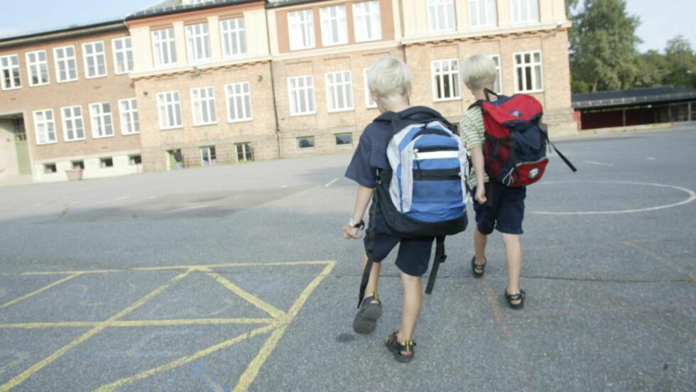 SKOLESTART:  Ikke alle har foreldre som er villige til å stå på med lekser igjennom barneskolen når det går trått. Frafallet starter i barneskolen, der noen har annen ballast enn andre, skriver Oda Rygh.  Illustrasjonsfoto: Daniel Sannum Lauten / Dagbladet