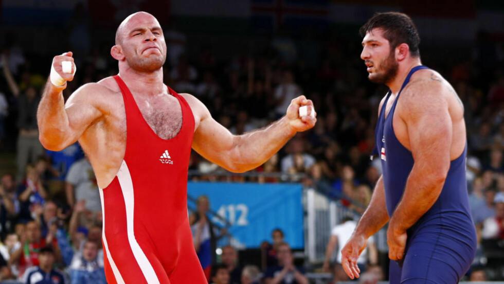 TREDJE GULL: Bryteren Artur Taymazov (33) fra Usbekistan vant OL-gull for tredje gang på rad i 120-kilosklassen i fristilsbryting.  Foto: REUTERS/Grigory Dukor