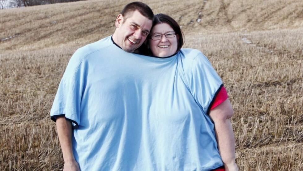 STERKT FORHOLD: Kjærligheten mellom Hilde (37) og Niels (39) Schrøder har holdt, tross tøffe år med vektøkning, slankeforsøk og til slutt operasjoner.  FOTO: Britt Krogsvold Andersen