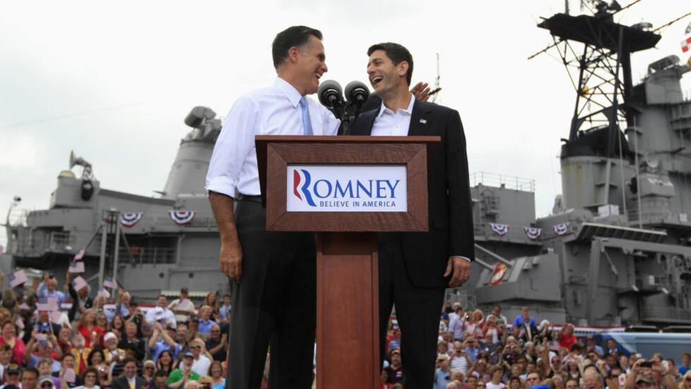 GODE VENNER: Her blir Paul Ryan (t.h.) avduket som Mitt Romneys visepresident-kandidat. Foto: Reuters