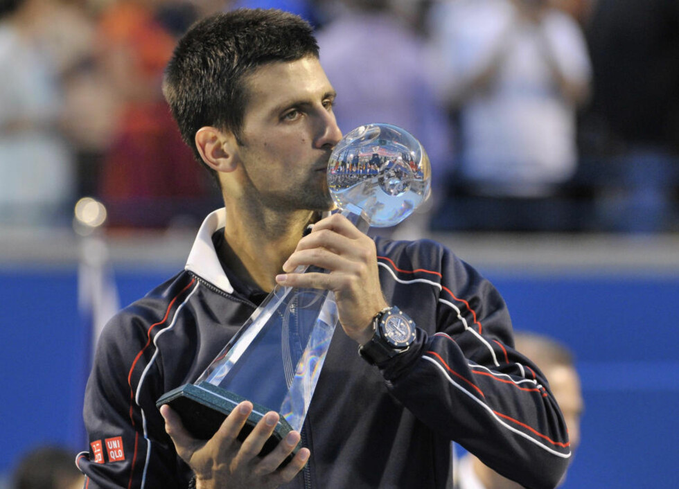 TREDJE GANG: Novak Djokovic vant Toronto Masters for tredje gang i karrieren. Det var serberens første turneringsseier på fire måneder. Foto: Mike Cassese / REUTERS / NTB Scanpix