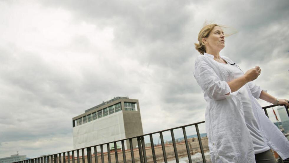 SLAKT AV SIKKERHETEN: Alexandra Bech Gjørv og resten av kommisjone er ikke nådig i sin kritikk av den manglende sikkerheten i regjeringskvartalet. Foto: Fredrik Varfjell / NTB scanpix