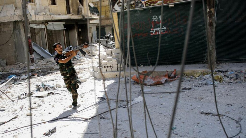 OPPRØRER: Syriske opprørere beskyldes for brutale drap.     Foto: Phil Moore / AFP / NTB Scanpix