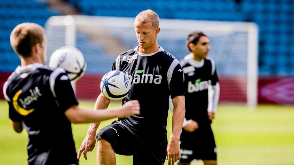 SNART NY SESONG: Brede Hangeland har vært norsk landslagskaptein siden 2008. Nå blir han trolig Fulhams lagkaptein. Foto: Krister Sørbø / NTB scanpix