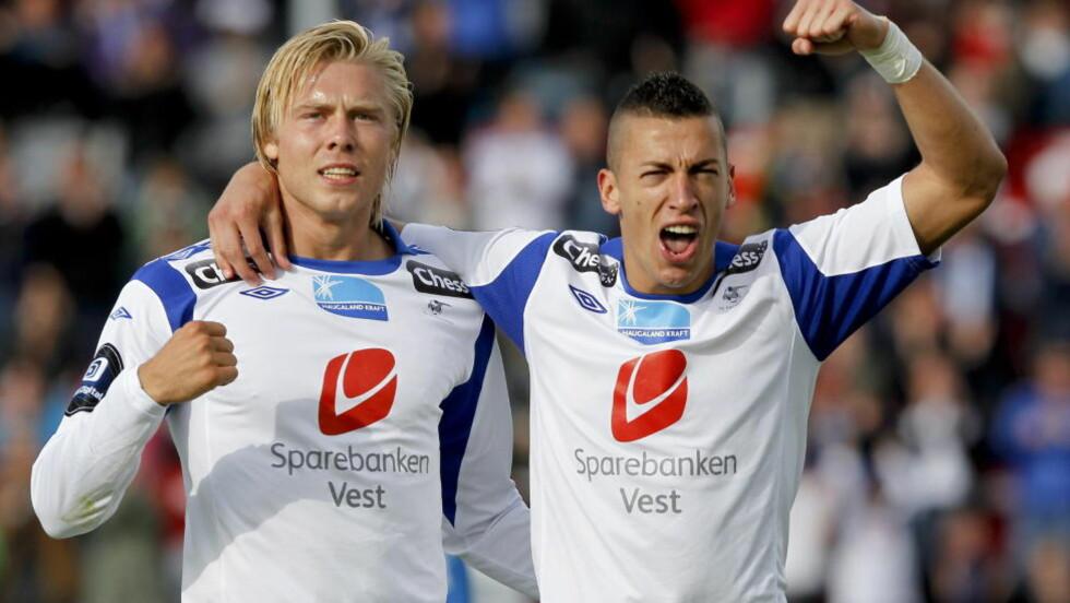 ETTERTRAKTET: Haugesunds Nikola Djurdjic (t.h.) er ønsket av blant annet danske OB. Her er han med Alexander Toft Søderlund. Foto: Jan Kåre Ness / NTB scanpix